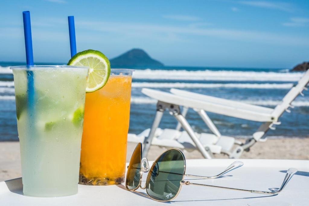 Drinks at Juquei Frente ao Mar Hotel Pousada