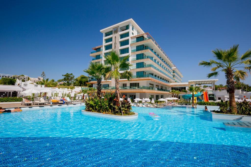 Бассейн в Side Sungate Hotel - All Inclusive или поблизости