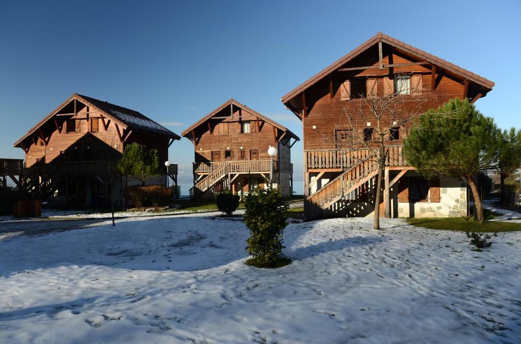L'établissement Résidence Odalys Les Chalets d'Evian en hiver