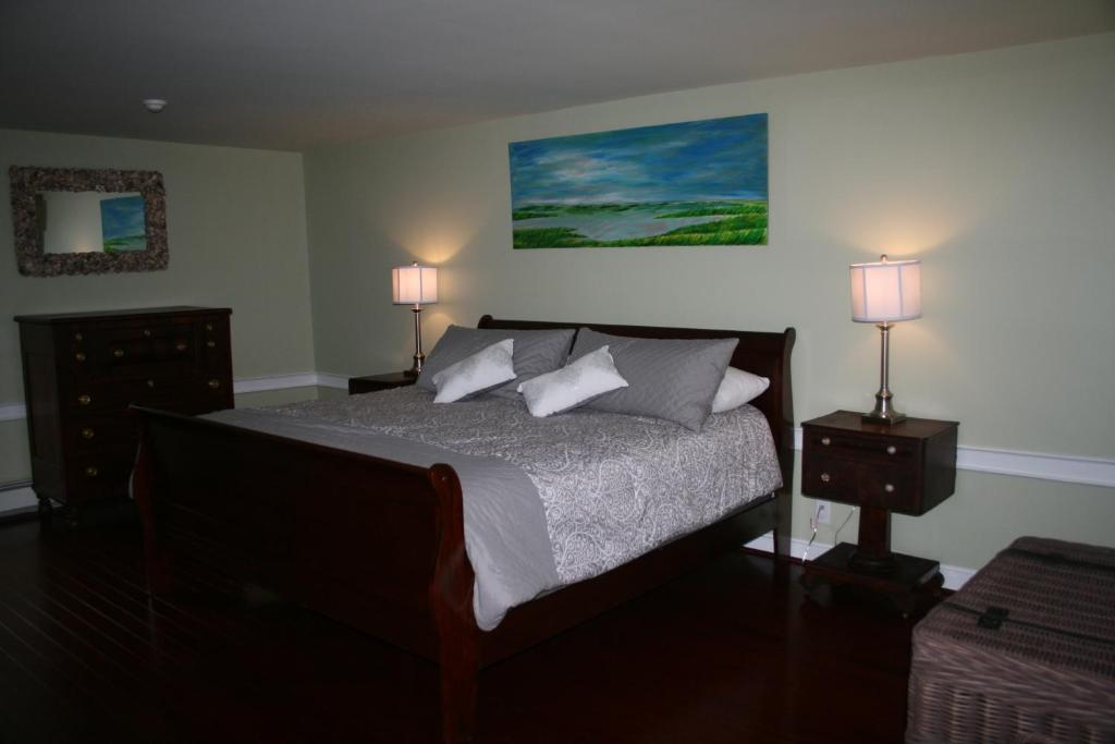 Hotels In Kettle Cove Village