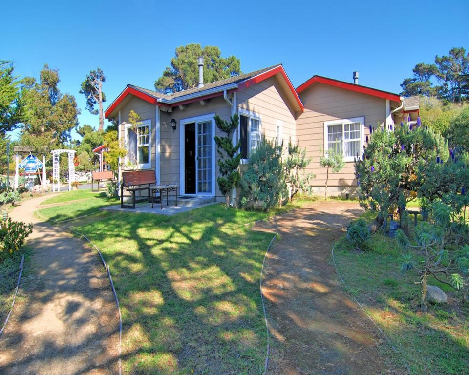 Bide A Wee And Cottages Pacific Grove Ca Booking Com