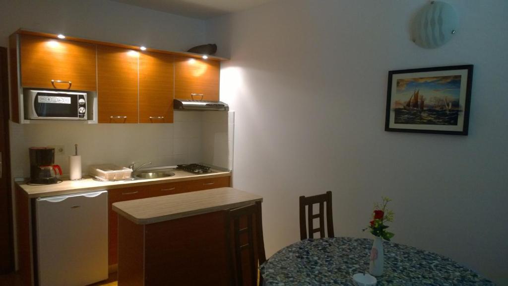 Apartments and Rooms Vila Jadranka