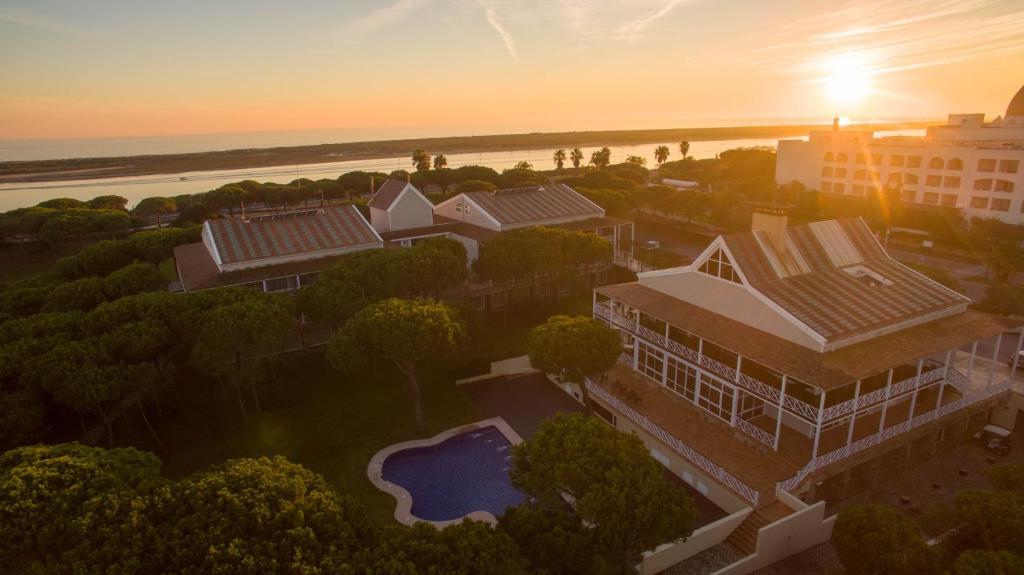 A bird's-eye view of Hotel Nuevo Portil Golf