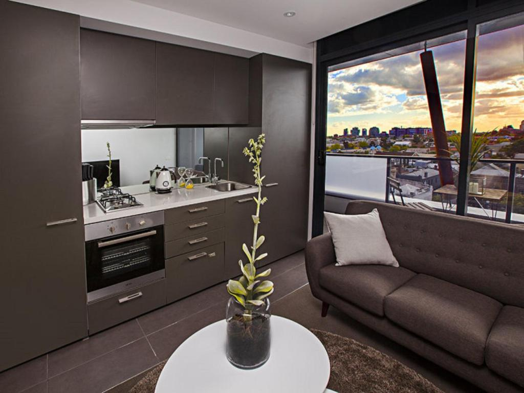 A kitchen or kitchenette at Amazing Accommodations : South Yarra