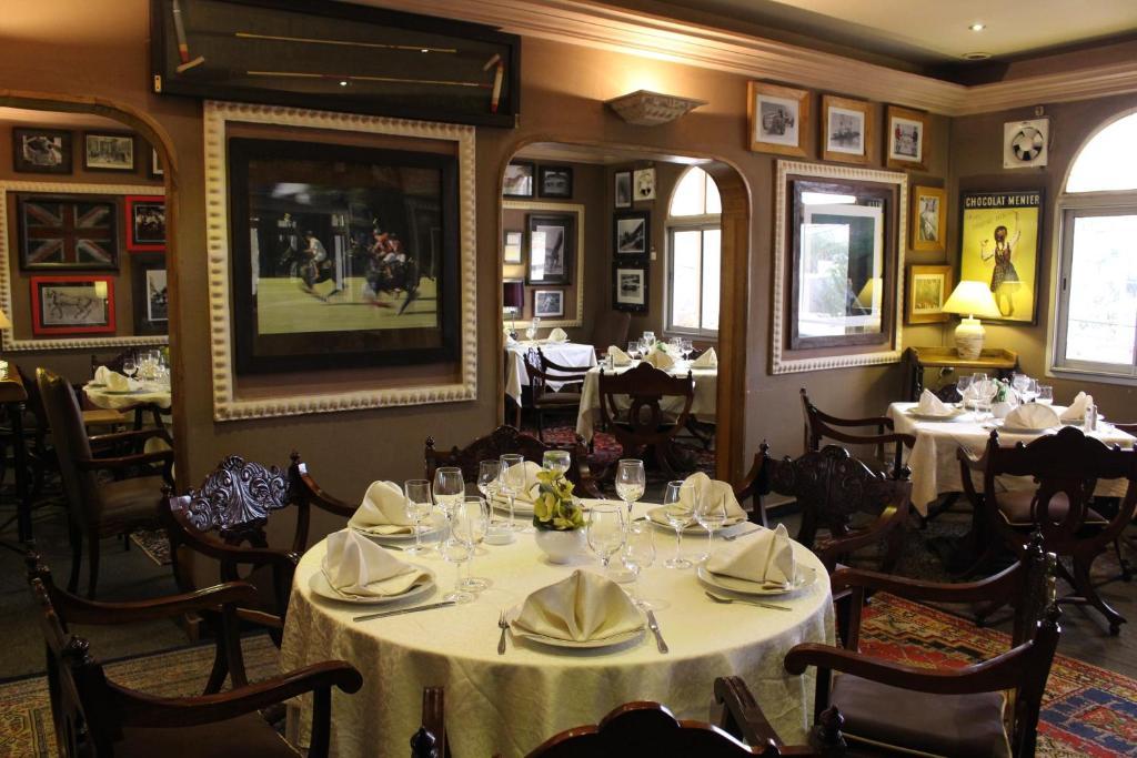 Restaurant ou autre lieu de restauration dans l'établissement Le Loft