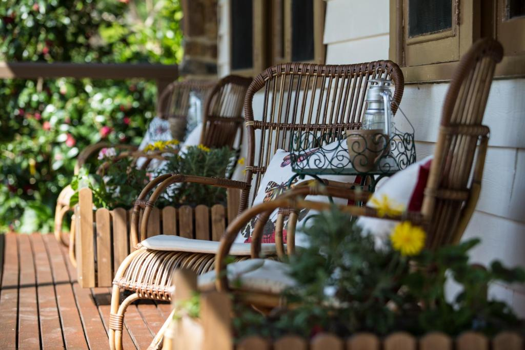 En balkong eller terrass på Buttercup Hill