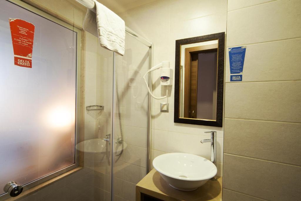 Ванная комната в Delta Hotel Istanbul