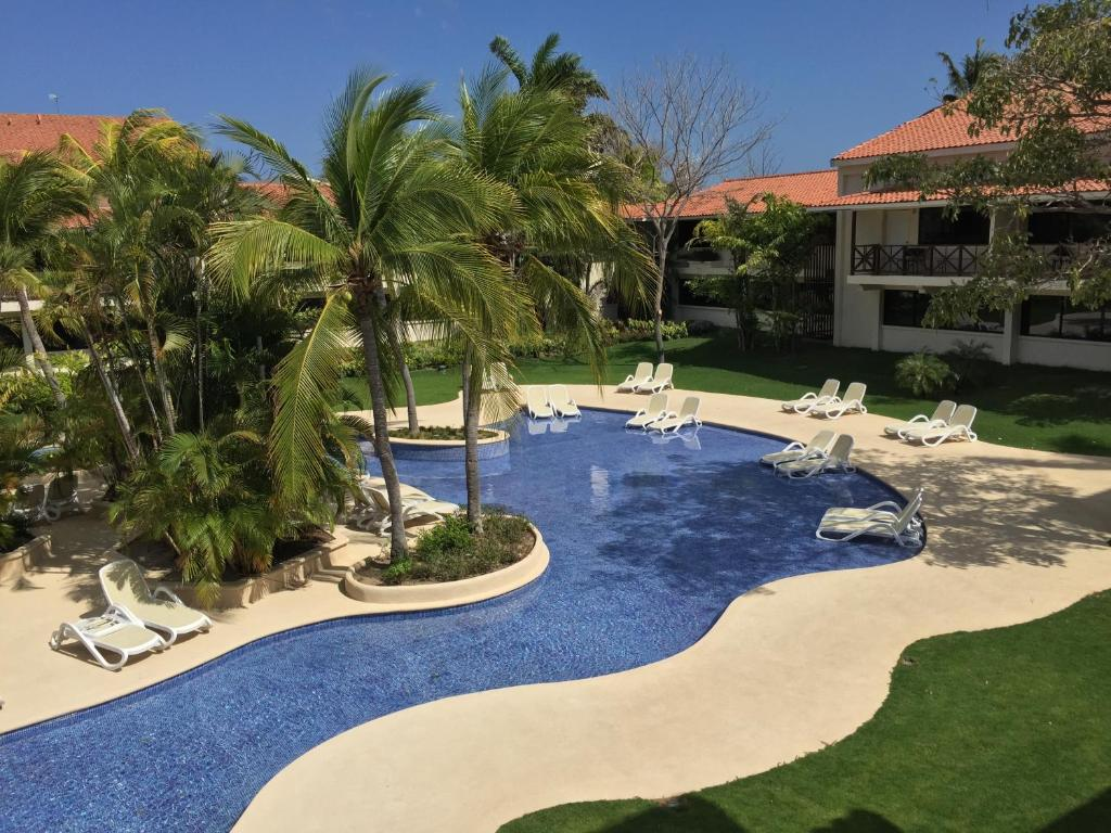 The swimming pool at or near Coronado Luxury Club & Suites
