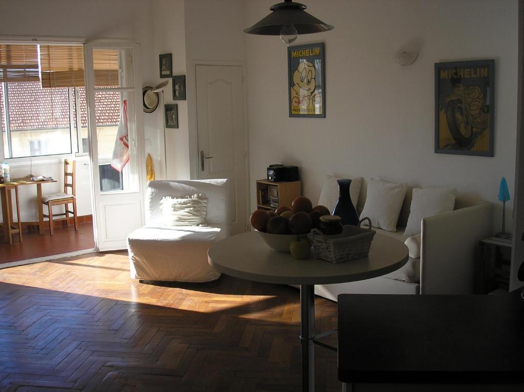 A seating area at Coccolo Apartment Montfleury