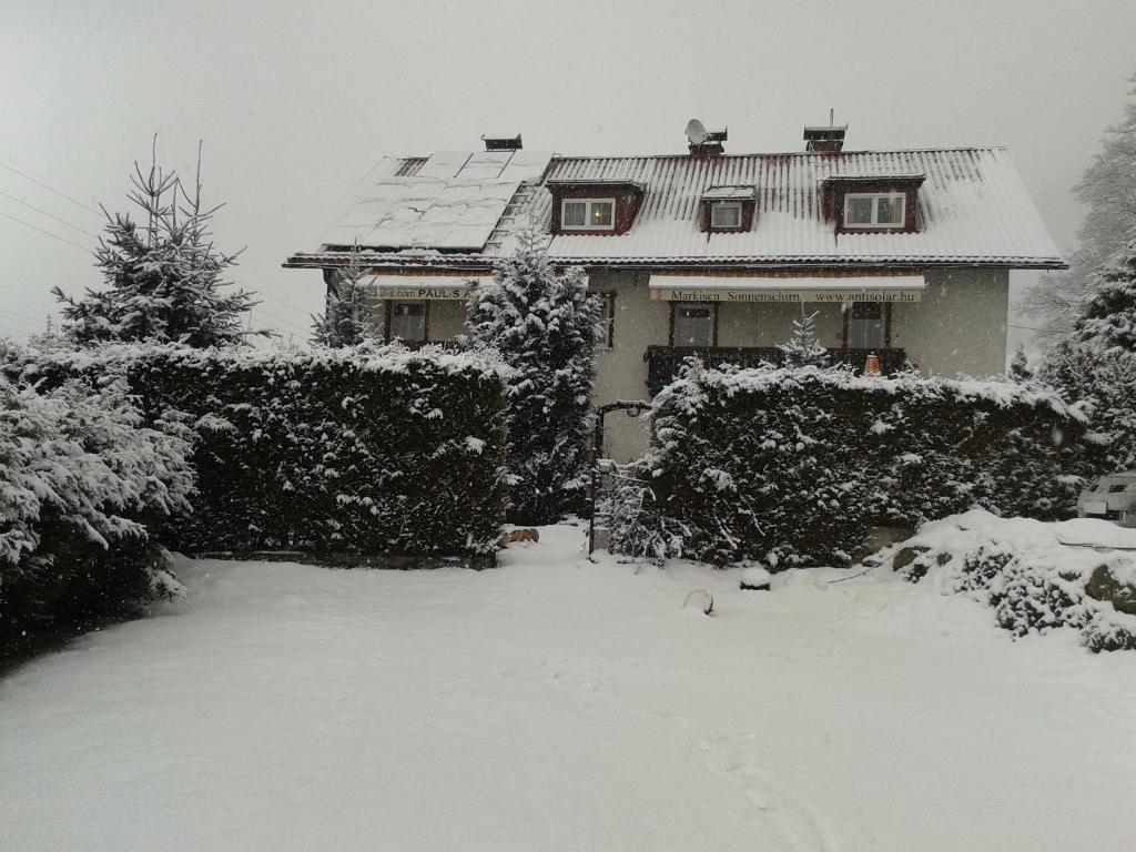 Paul-S Apartman during the winter