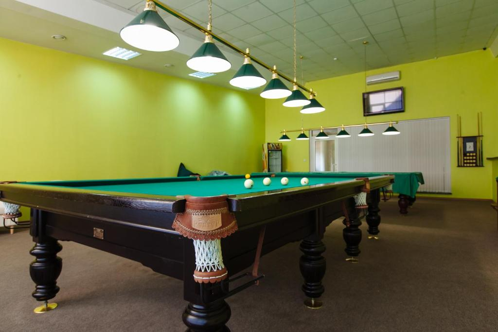 A pool table at Zolotoye Runo