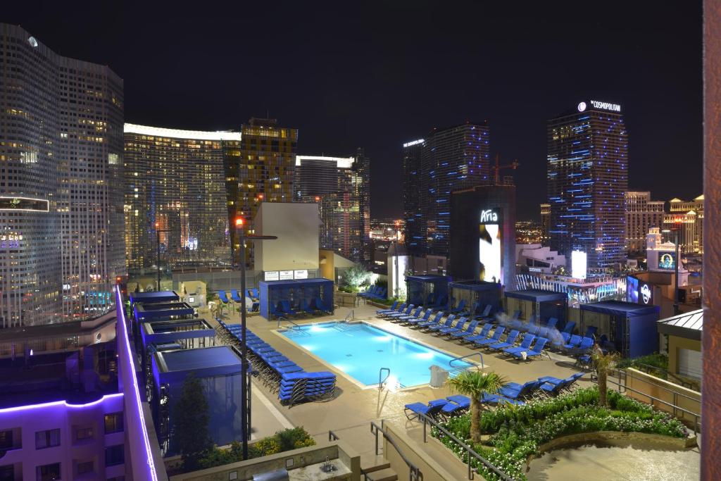 A view of the pool at Polo Towers By Diamond Resorts or nearby