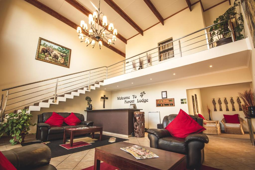 The lobby or reception area at Forest Lodge