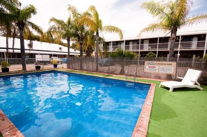 The swimming pool at or near The Swagmans Rest Apartments