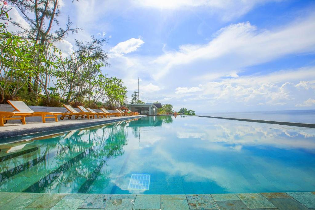 The swimming pool at or near Surin Beach Resort