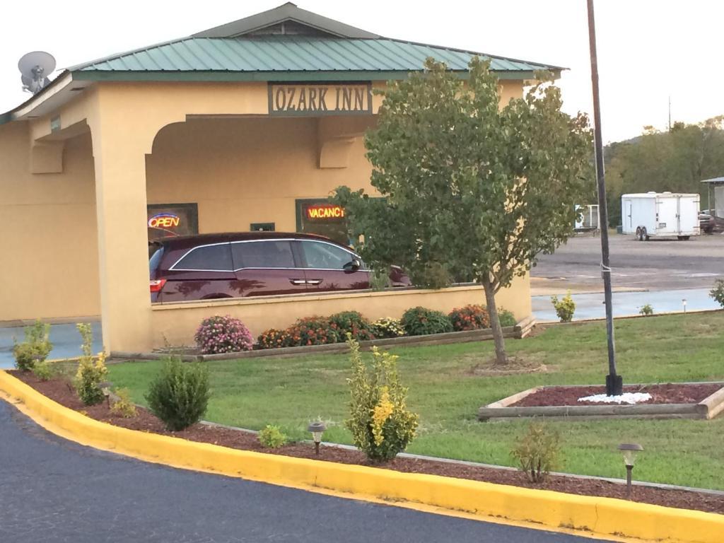 Ozark Inn