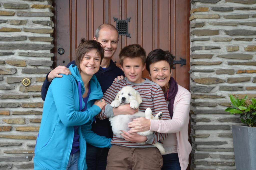 Een gezin dat verblijft bij Aquarand