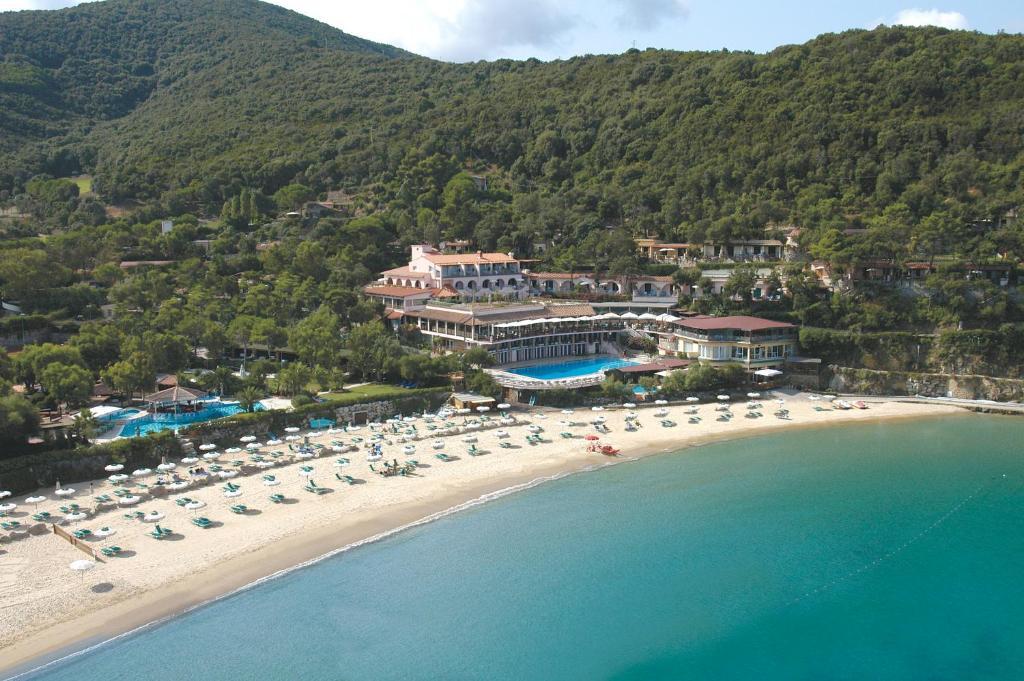 A bird's-eye view of Hotel Hermitage