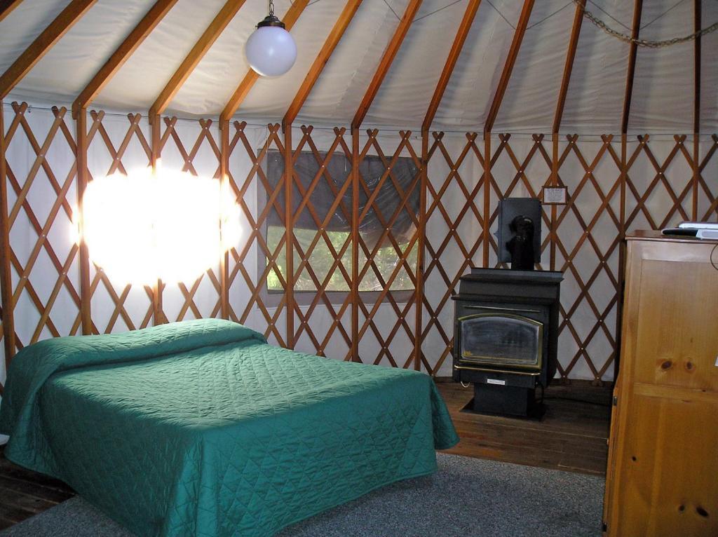 Resort Village Yosemite Lakes Meadow Yurt 20 Harden Flat Ca Booking Com