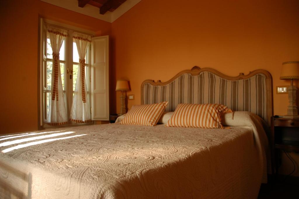 Pareti Color Terra Di Siena.Affittacamere Posta Gattaiola Lucca Italy Booking Com
