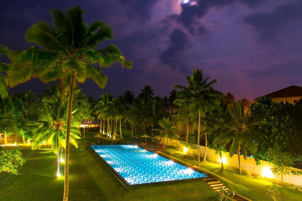 The swimming pool at or near Taprobana by Asia Leisure