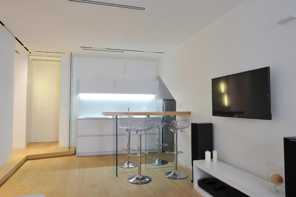 A television and/or entertainment center at Isabel Central Suite