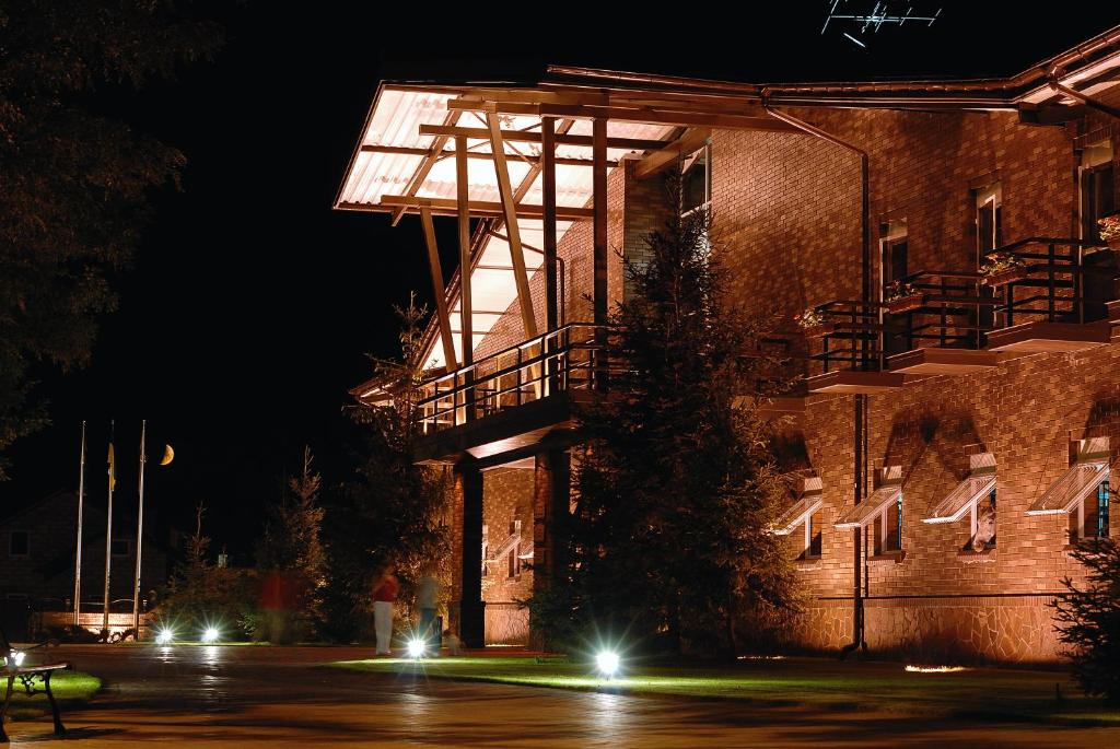 Park-Hotel Butenko Stable
