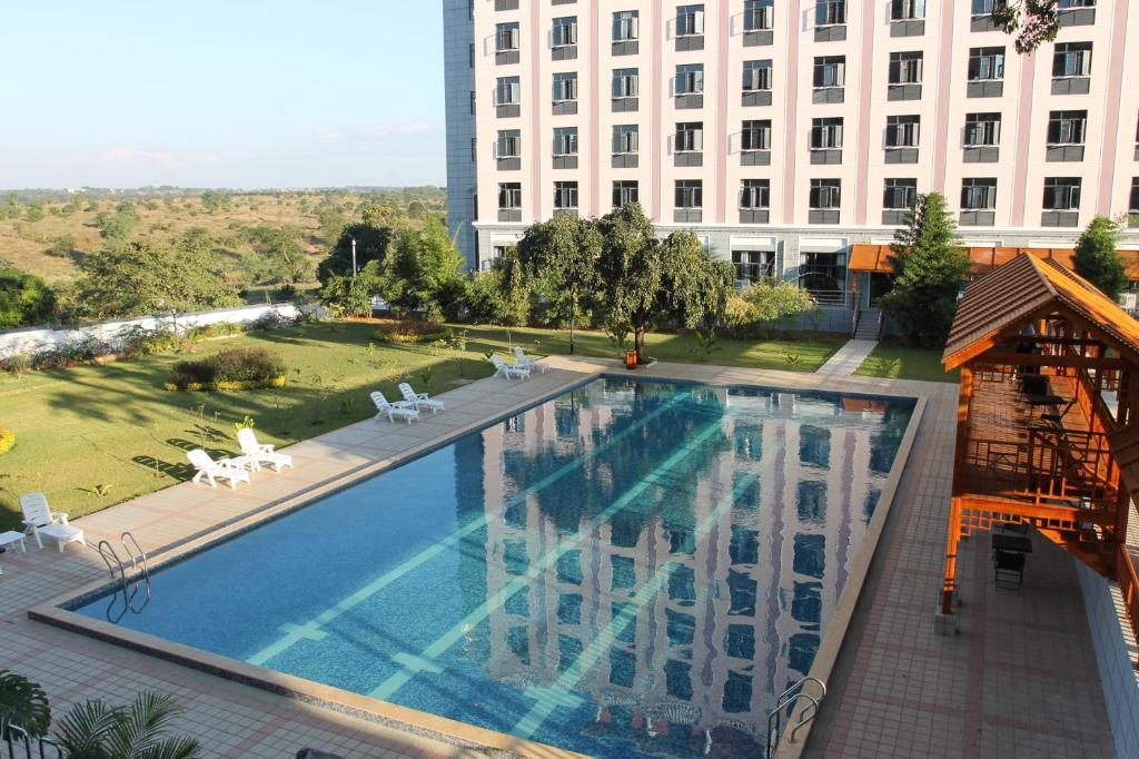 A view of the pool at Sogecoa Golden Peacock or nearby