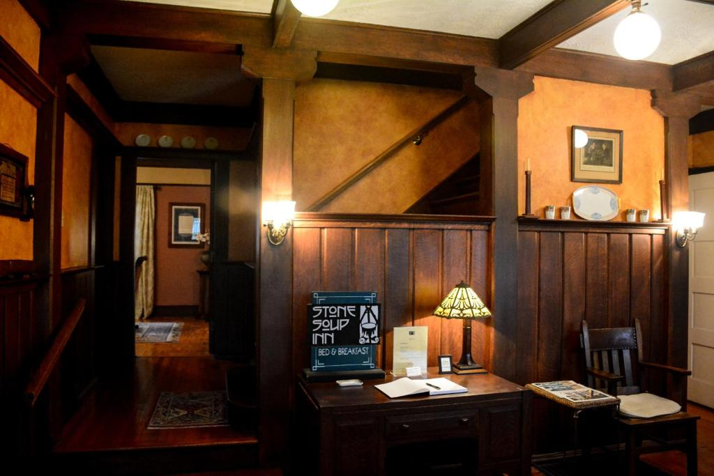 The lobby or reception area at Stone Soup Inn