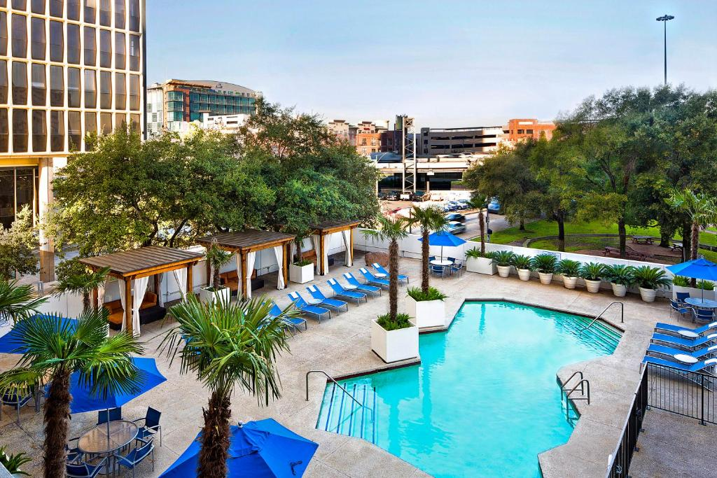 A view of the pool at The Whitehall Houston or nearby