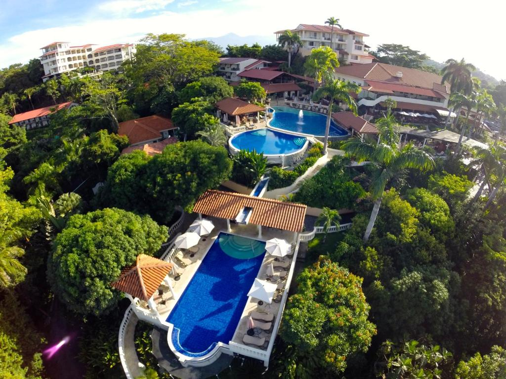 A view of the pool at Parador Resort and Spa or nearby