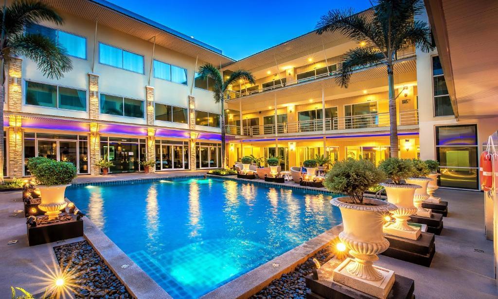 Qiu Hotel Sukhumvit Bangkok Thailand Booking Com