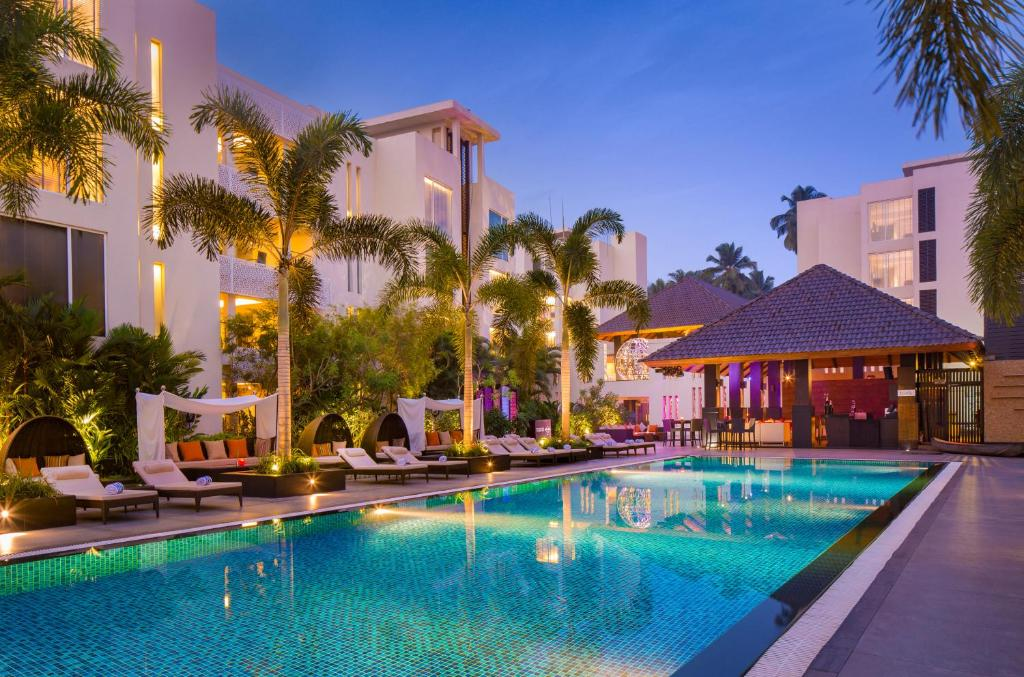 The swimming pool at or close to Hard Rock Hotel Goa