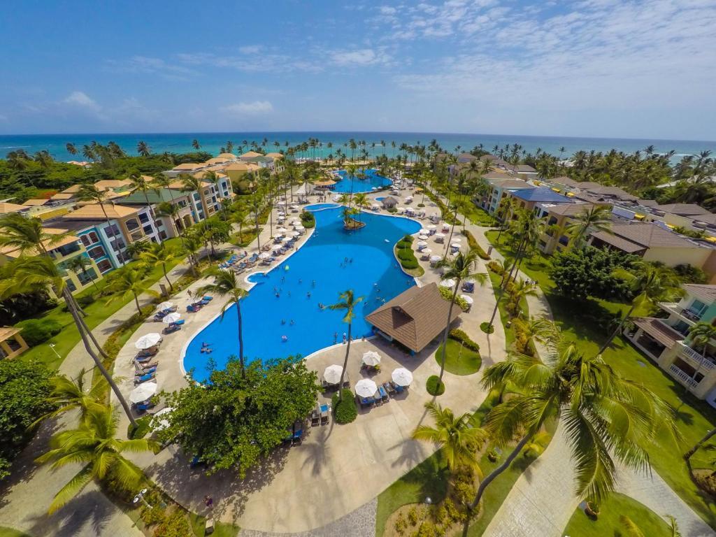 A bird's-eye view of Ocean Blue & Sand Beach Resort - All Inclusive