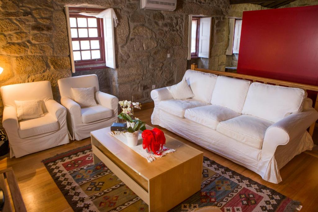 A seating area at Casa da Ferreirinha
