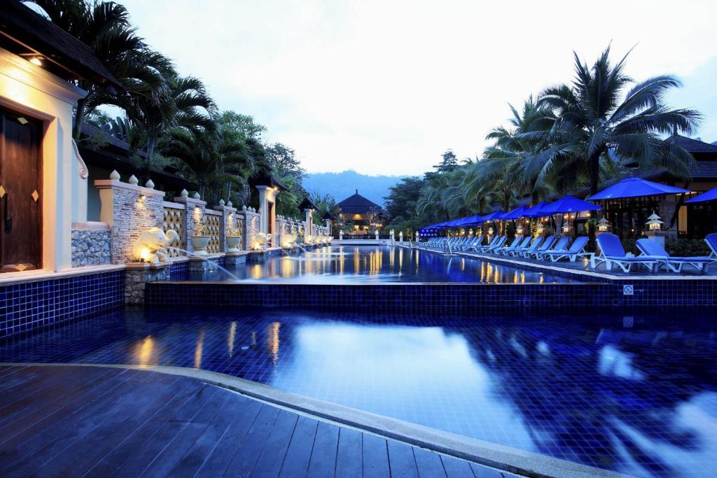 The swimming pool at or near Seaview Resort Khao Lak