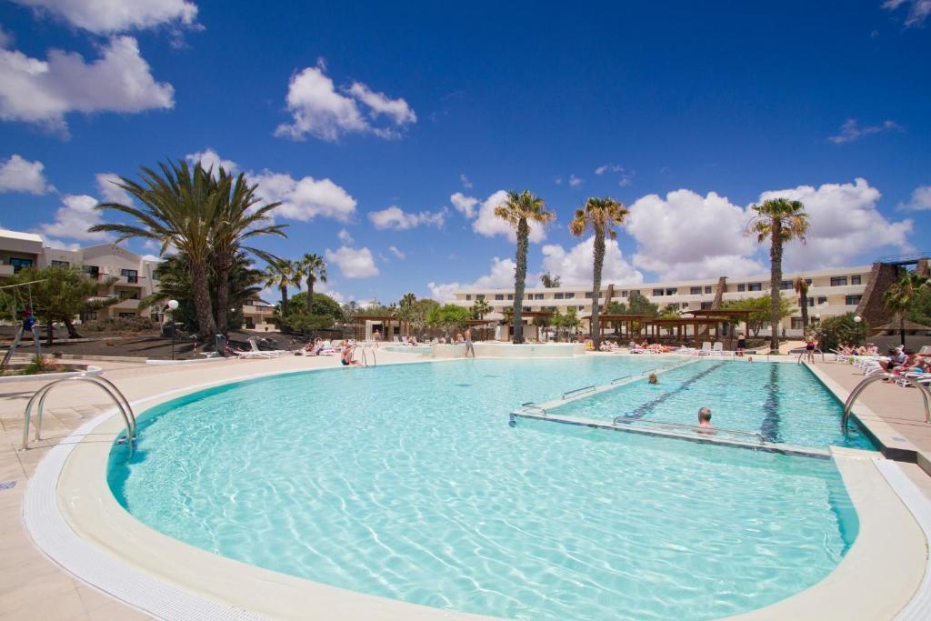 Het zwembad bij of vlak bij Los Zocos Club Resort