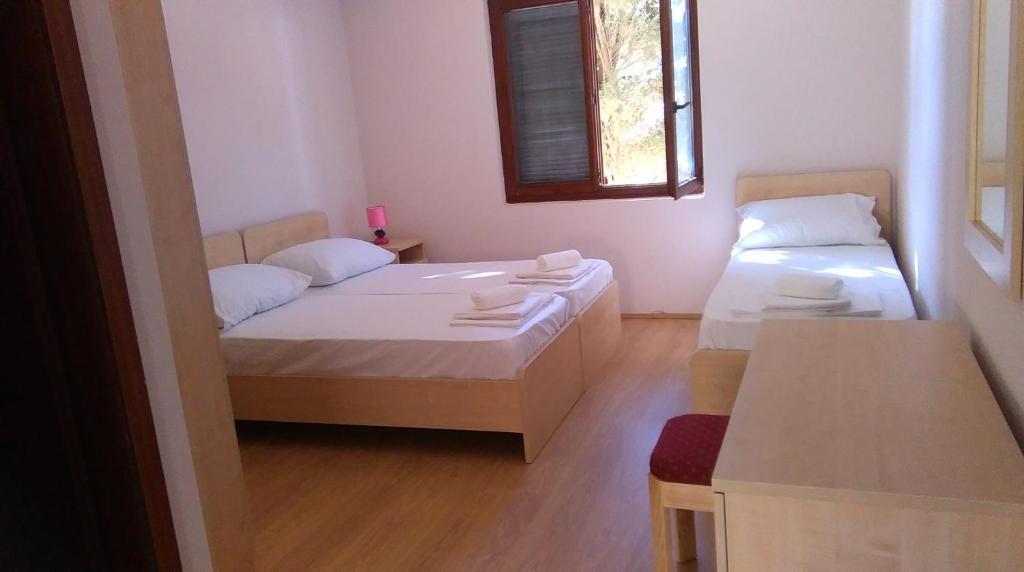 Resort Village T.N. Milna Vis, Croatia