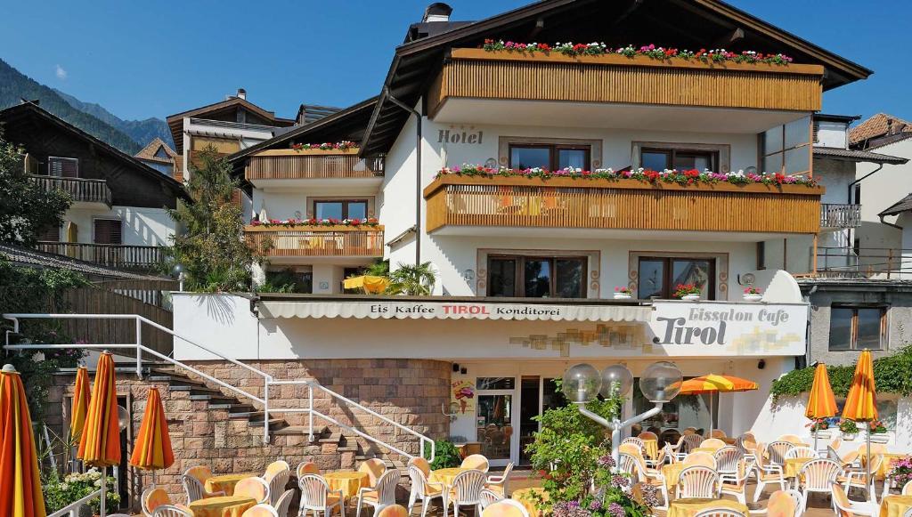 Hotel Tirol Tirolo, Italy