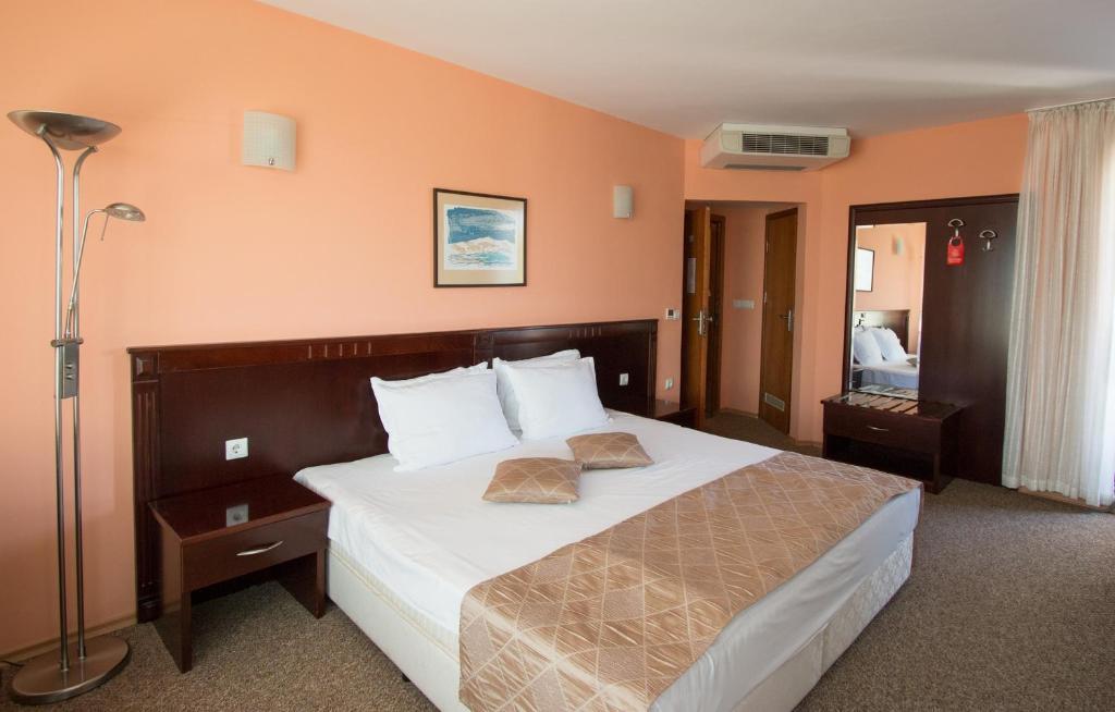 Легло или легла в стая в Хотел Дивеста