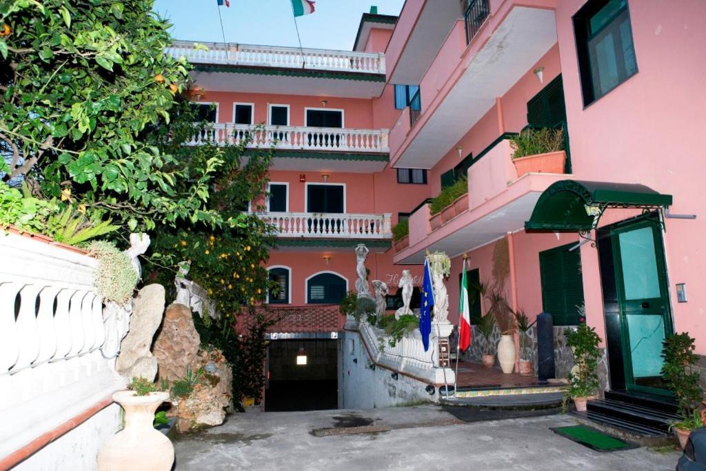 Hotel Sottovento SantEgidio del Monte Albino, Italy