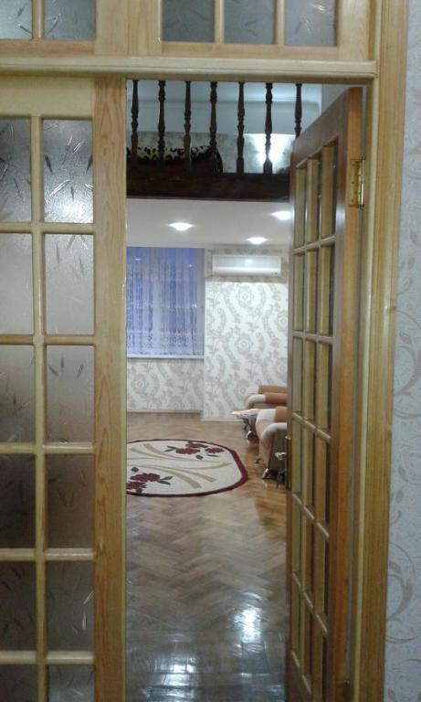 Um banheiro em Teatr Rashida Beibytova