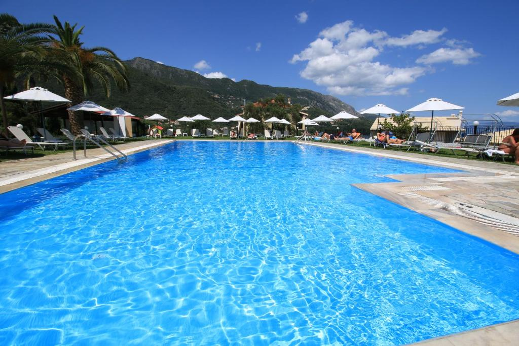 The swimming pool at or close to Hotel Yannis Corfu