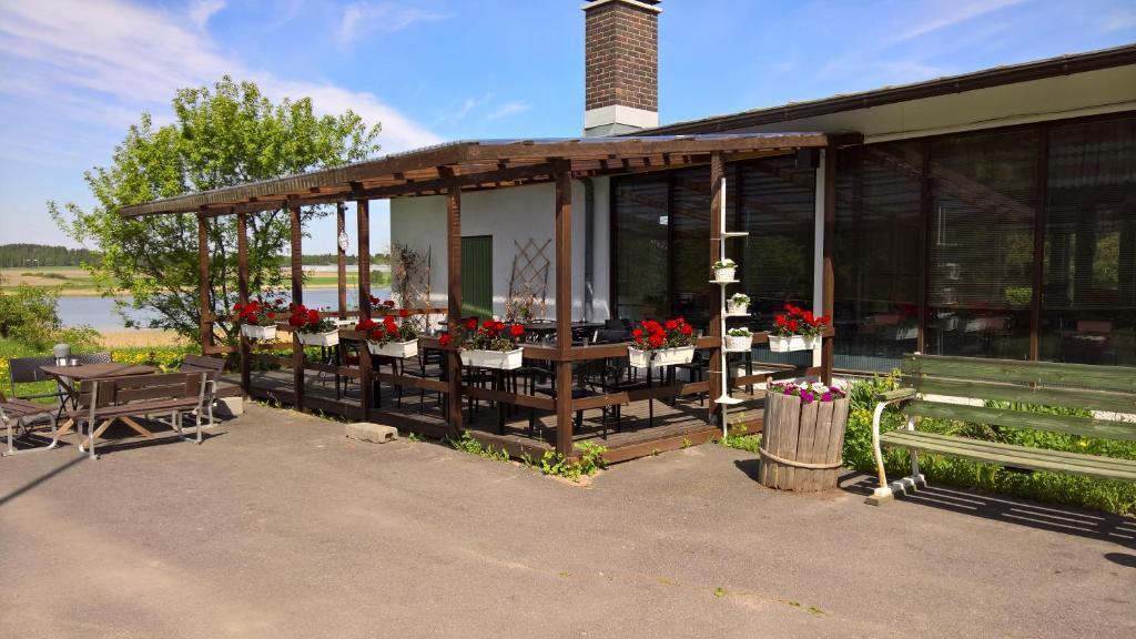 Majoituspaikan Lomakeskus Koivukankare ravintola tai vastaava paikka