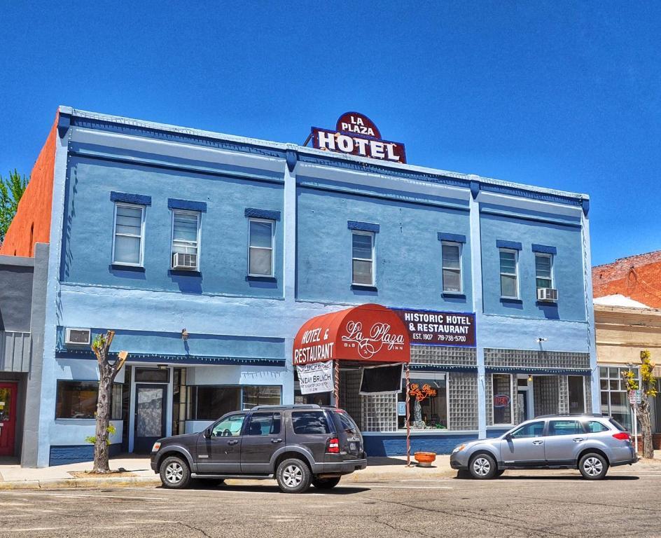 The facade or entrance of La Plaza Historic Hotel & Restaurant
