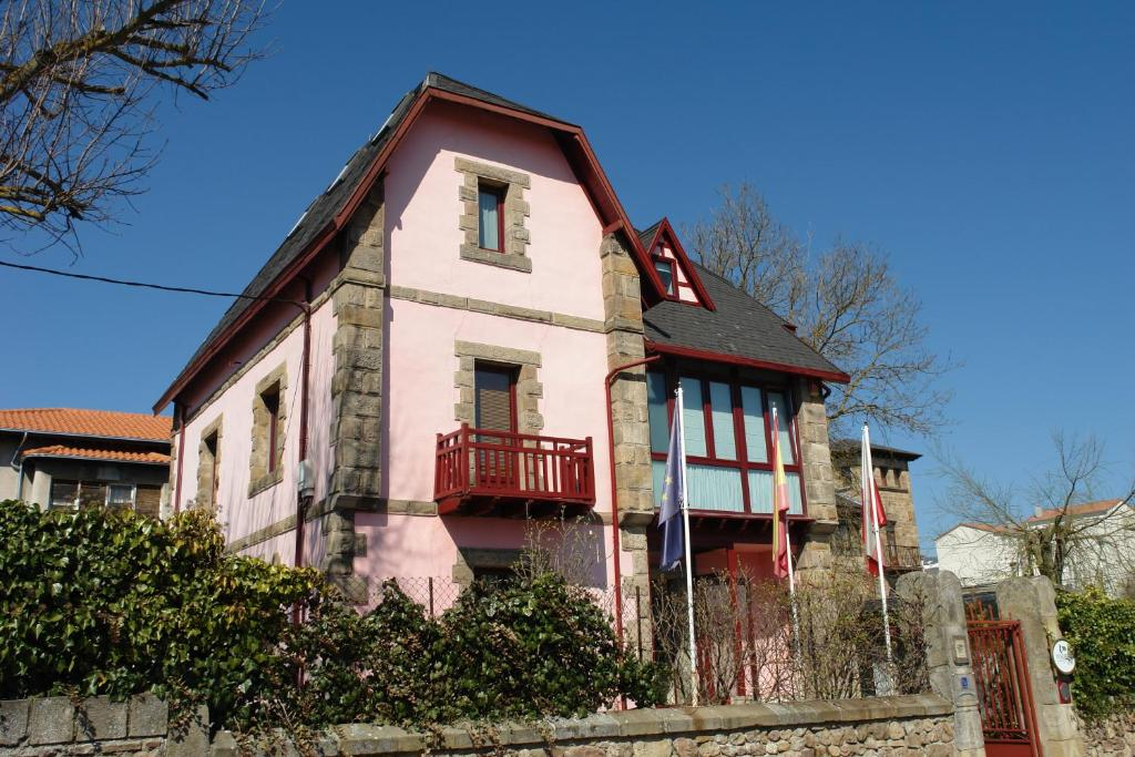 Hostels In Reinosa