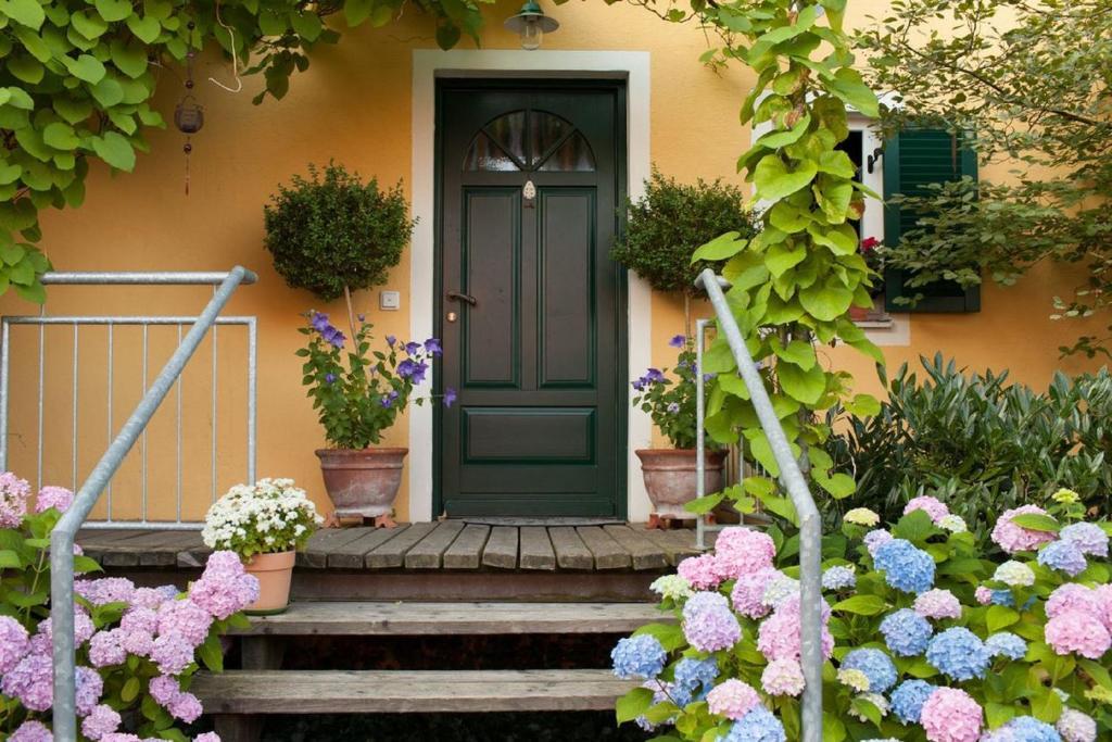 Eine Fassade oder ein Eingang zu Ferienwohnung Hönig