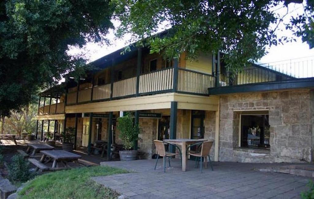 A porch or other outdoor area at Wisemans Inn