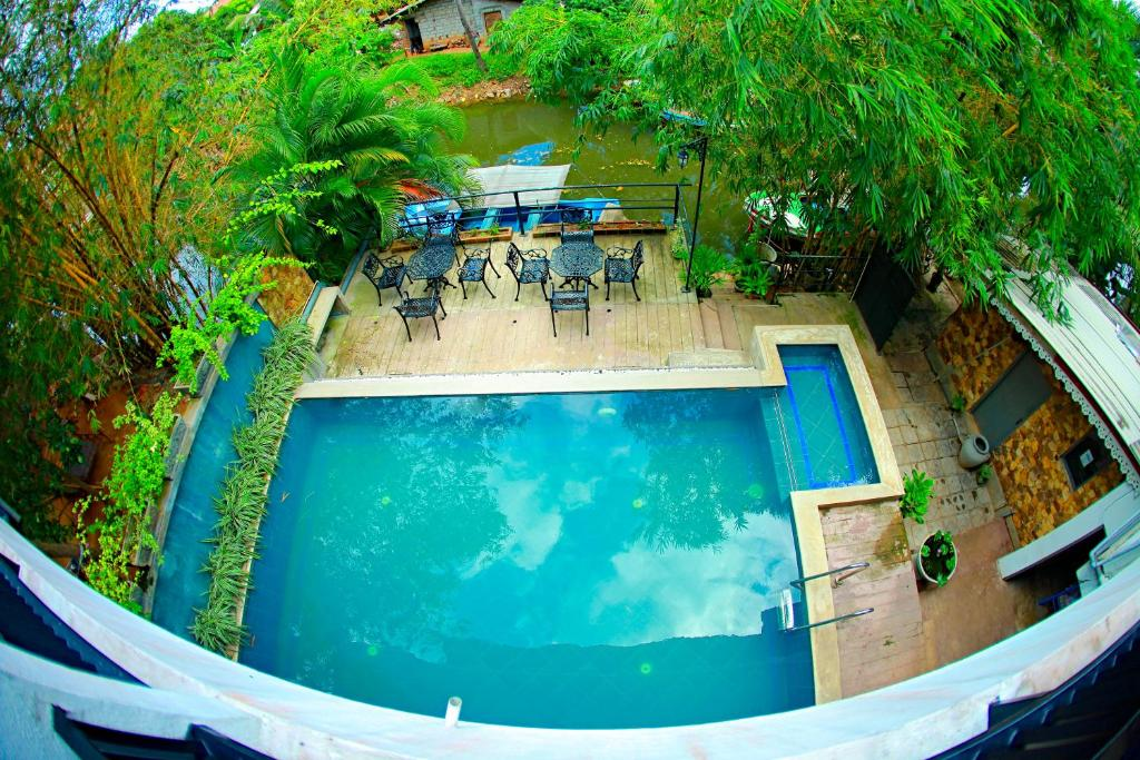 A view of the pool at Summer Side Residence or nearby