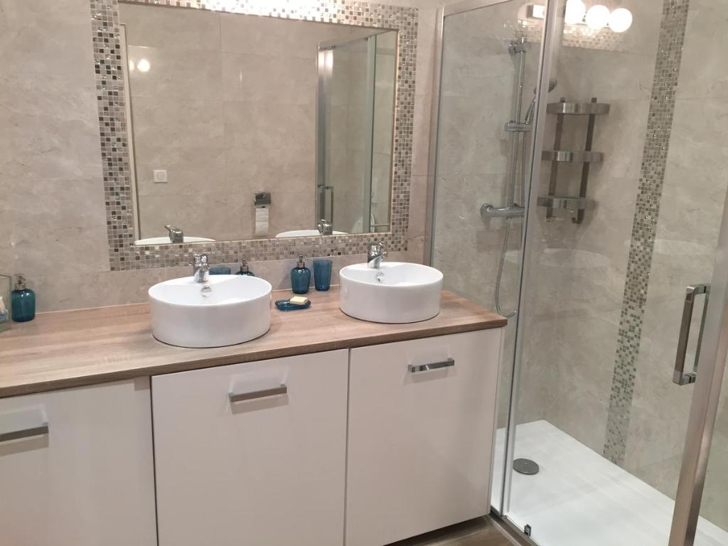 A bathroom at Palme d'hote